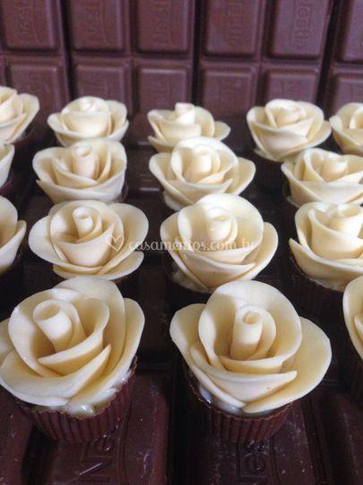 Rosas de chocolate branco