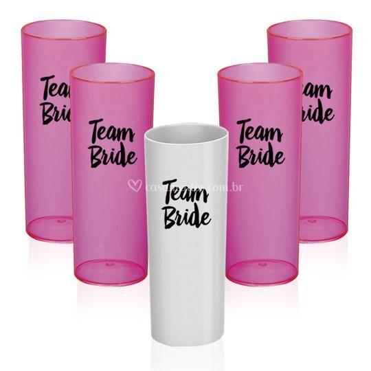"""Kit copo canudo """"team bride"""""""