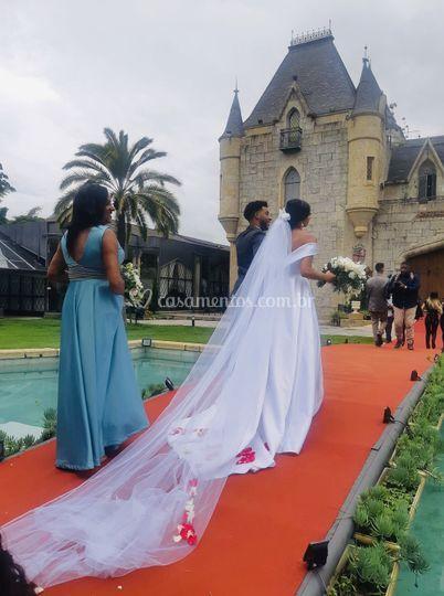 Dia de noiva no castelo.