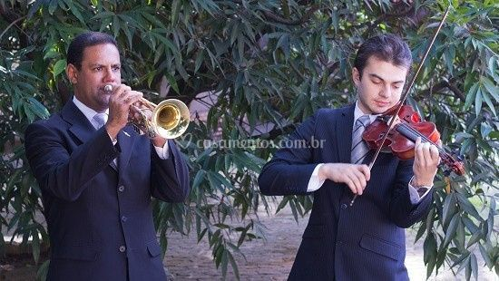 Trompetista e violinista