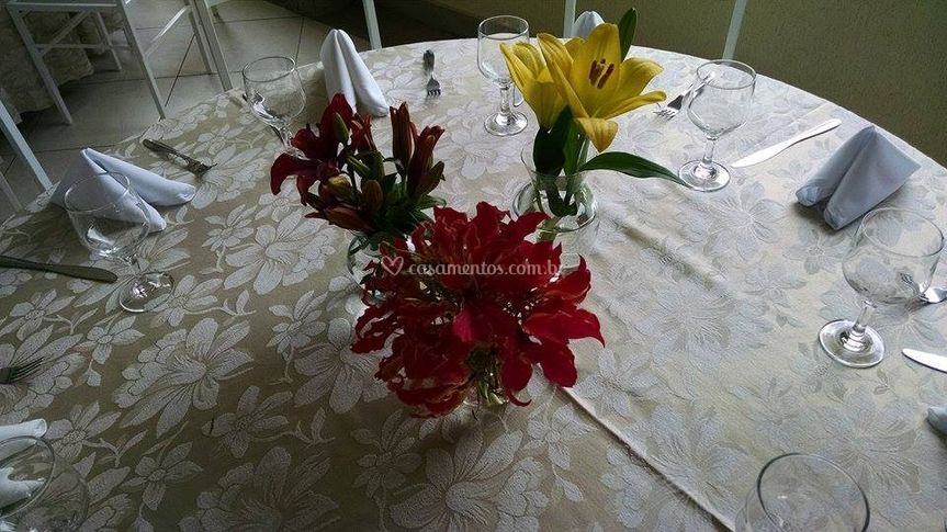 Trio de arranjos para mesa