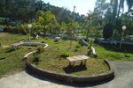Jardim do estacionamento de Ch�cara Vale das �guas