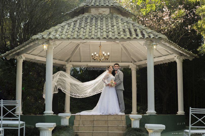 Pós cerimonia com noivos