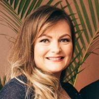 Márcia  Jacobsen