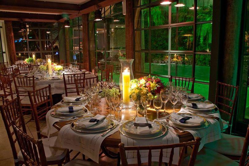 Mesa para convidados estilo CB
