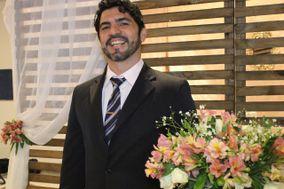 Marcelo de Menezes Celebrante