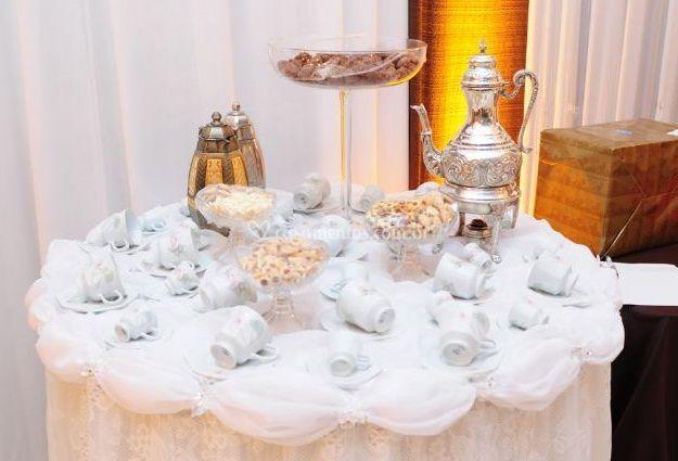 Mesa de Saida Cha e Cafe