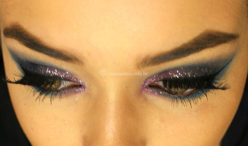 Olhos com glitter