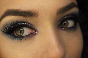 Larissa Gomes - Maquiadora Freelancer