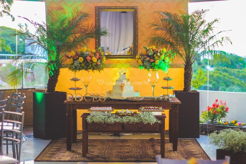 Mesa de doces de Lu Faria Festas & Eventos
