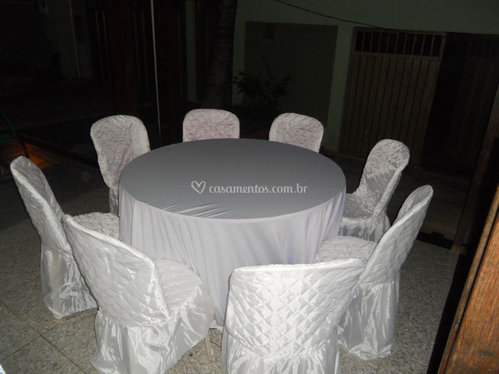 Aluguel de mesa redonda