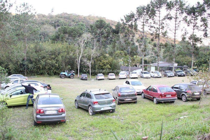 Estacionamento maior