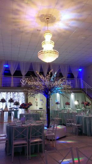 Salão para até 300 convidados