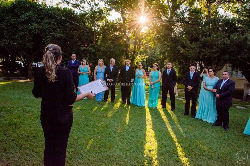 Preparando cortejo casamento