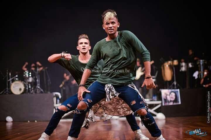 Dançarinos Profissionais