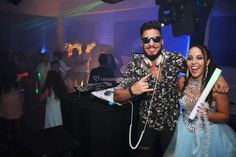 DJ Will + Debutante