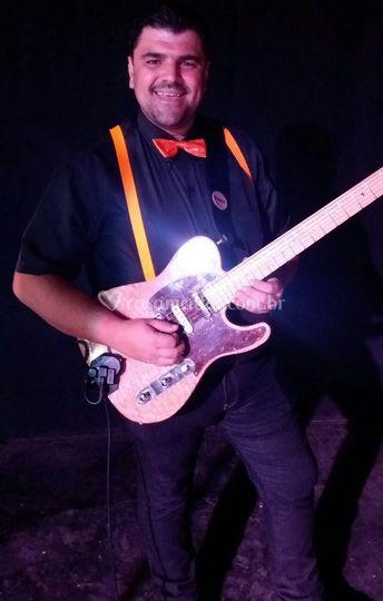 Ronaldo...Guitarrista/Cantor