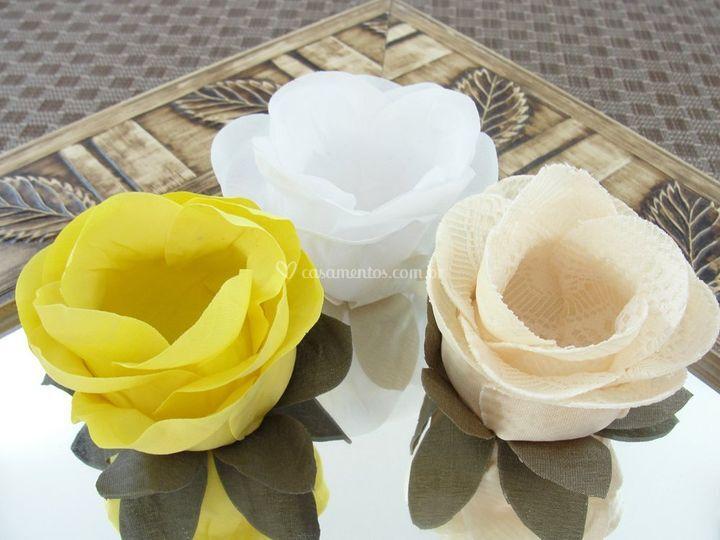 Forminhas de doces Amarela rb003