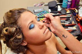 Helo Santana Makeup e Penteados
