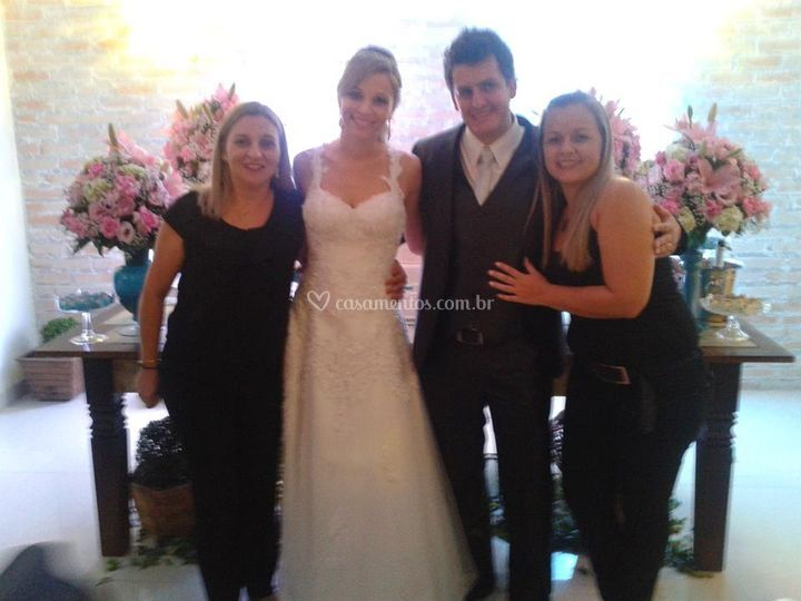 Nossa equipe com os noivos