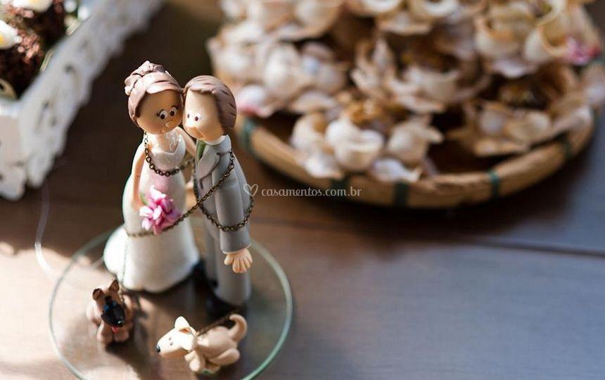 Bonecos de bolo de casamento