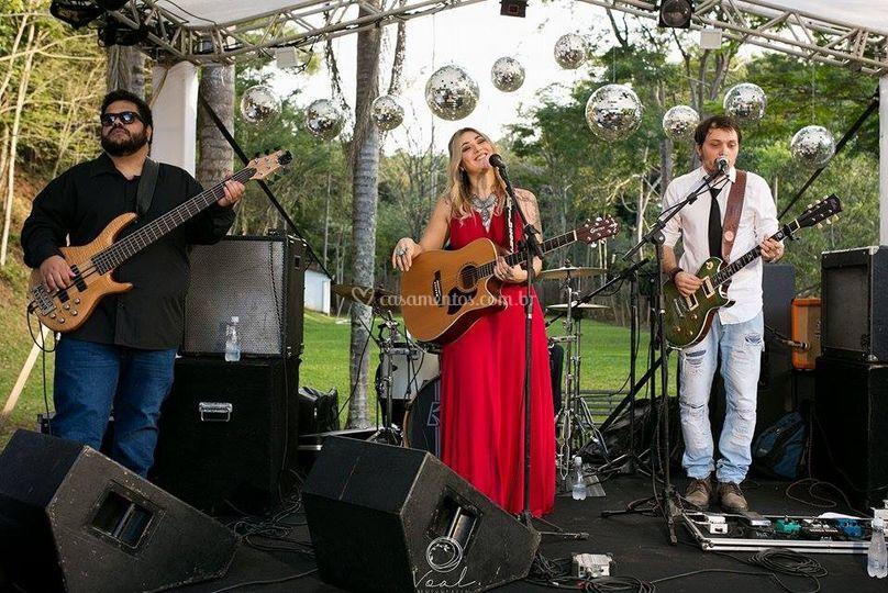 Carol Lobo - Banda
