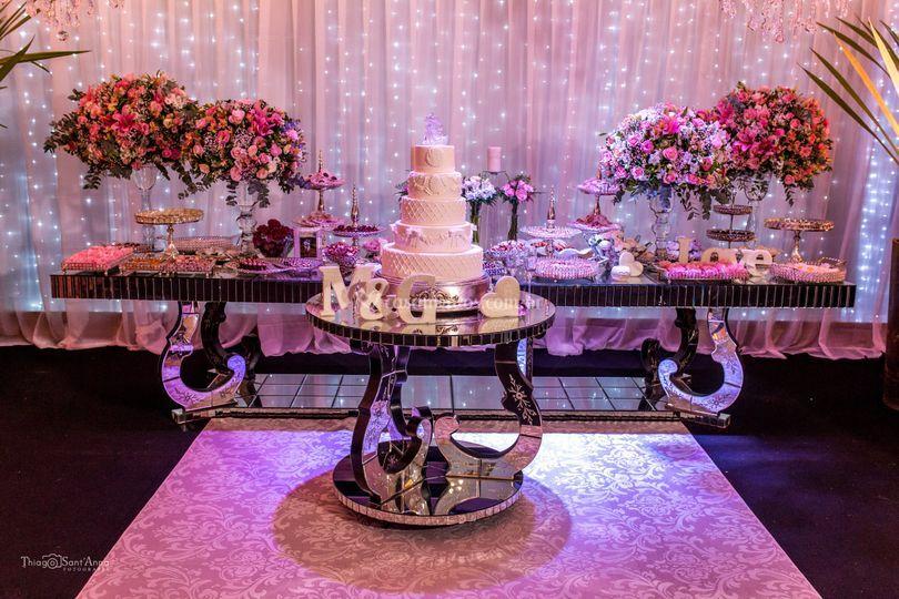 Casamento(Mesa do bolo e doces