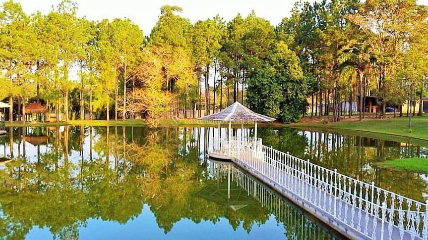 Espaço Lago Esmeralda