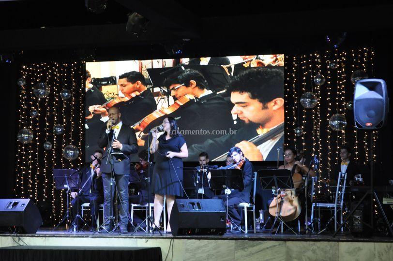Vozes e orquestra