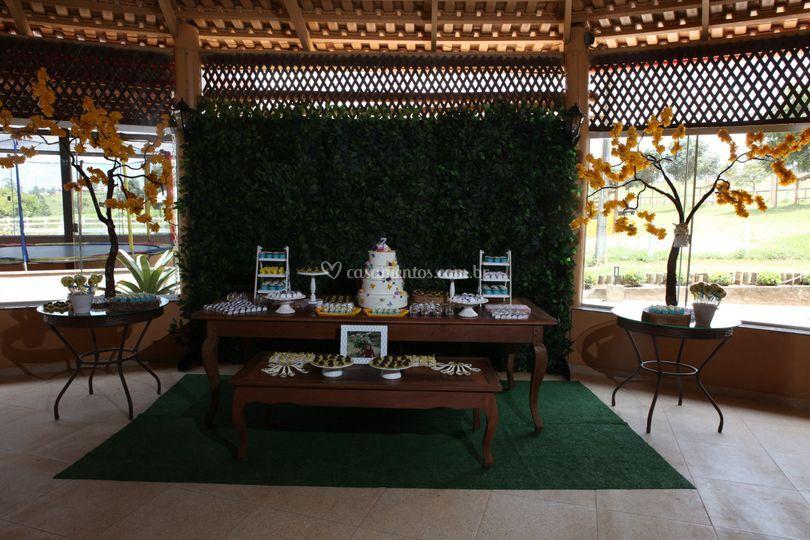 Mesa do bolo de anivesário