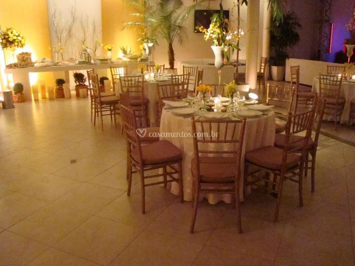 Sal o decorado de decorador sandro oliveira foto 7 for Decorador de fotos