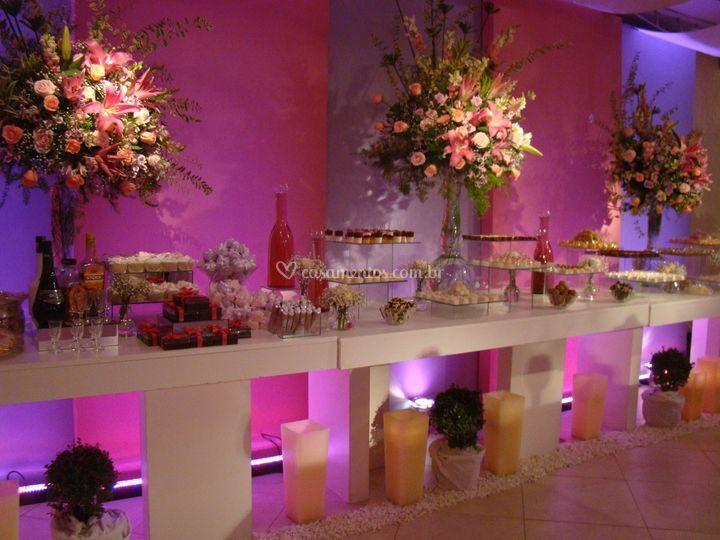 Decora o em rosa e lil s de decorador sandro oliveira for Decorador de fotos