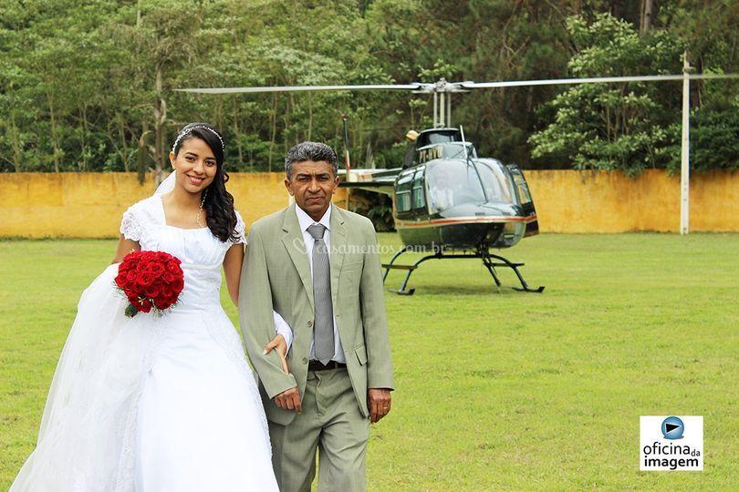 Helicóptero no Local