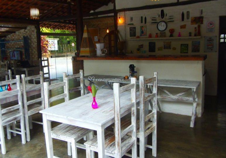 Mesas no salão