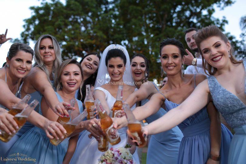 Aquele brinde com as amigas