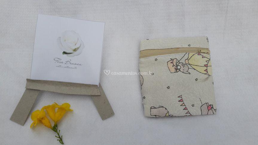 Flor Branca -Arte E Artesanato