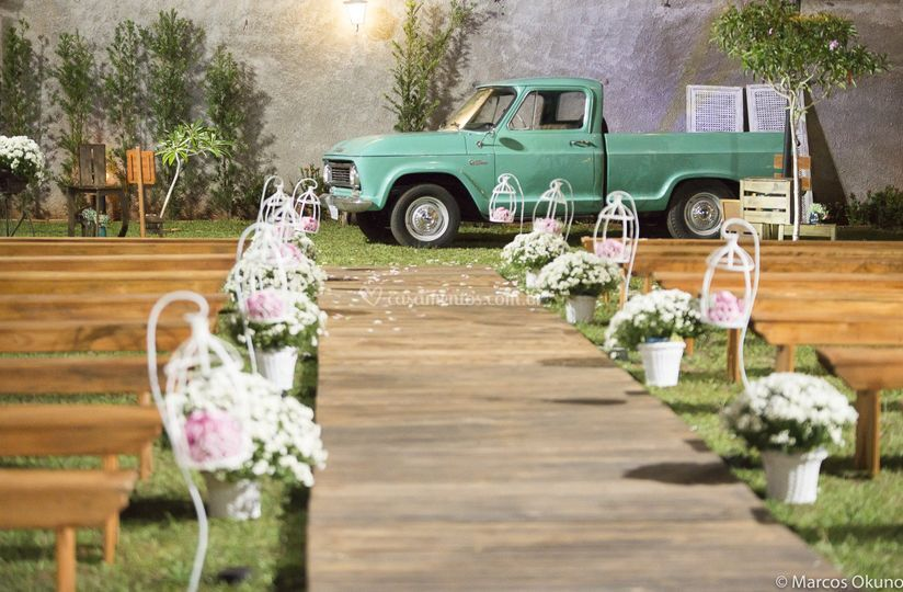 Carro para chegada noiva