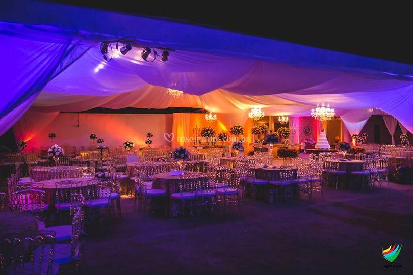 As mesas e suas lindas luzes