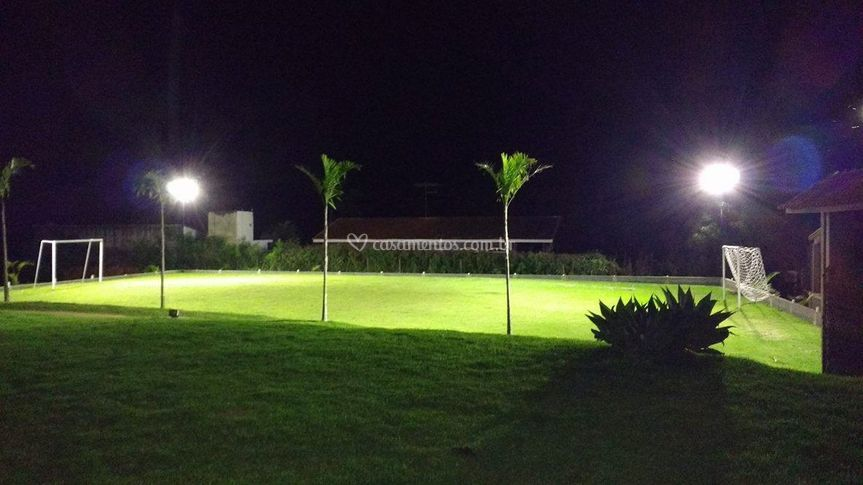 Campo bem iluminado