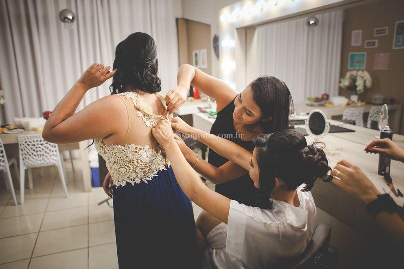 Fechando o vestido