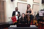 Piano, violino e trompete