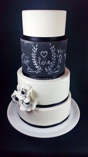 Bolo Casamento Love