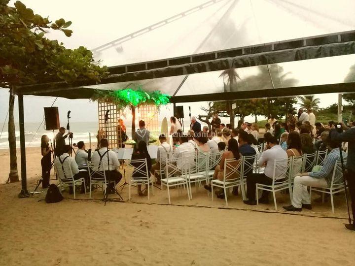Praia em frente ao cerimonial