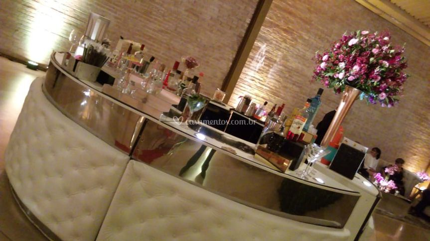 O bar ideal para casamentos.
