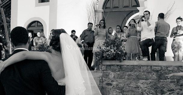 Eles cuidam dos noivos