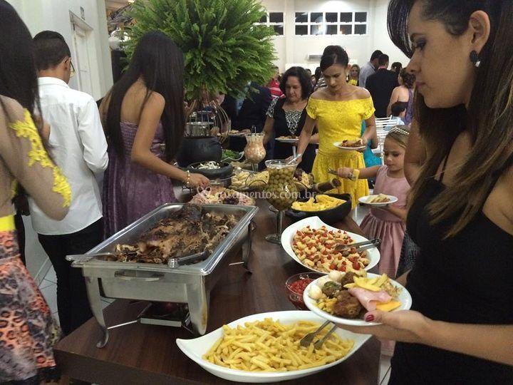 Lia Festas Buffet e Decoração