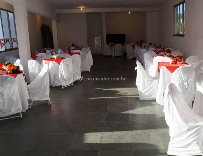 Amplo salão