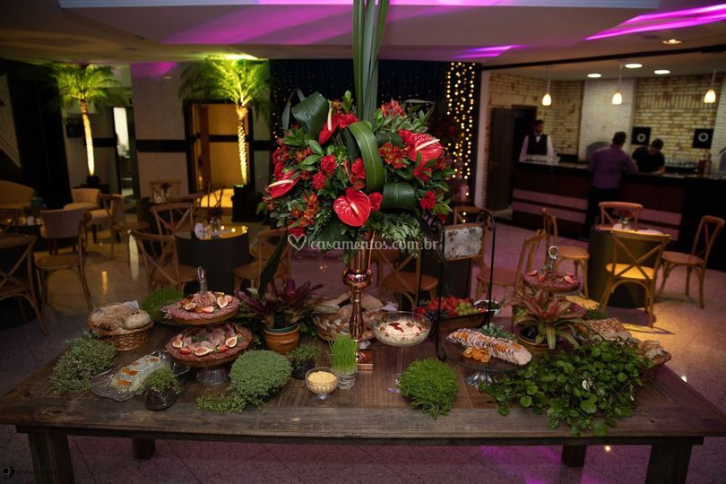 Cris Isoton Catering & Evento