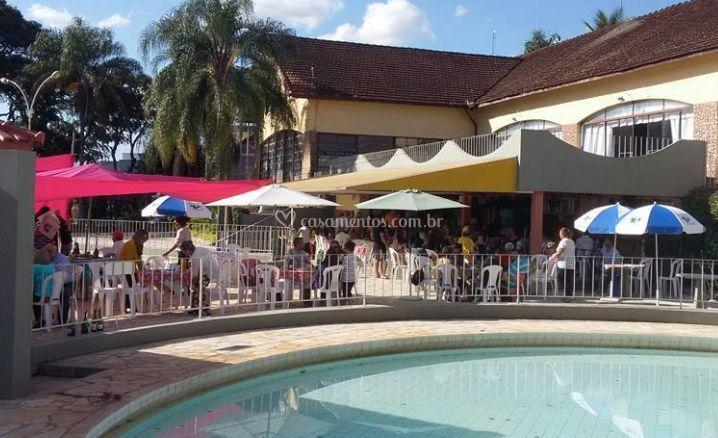 Evento na área da piscina