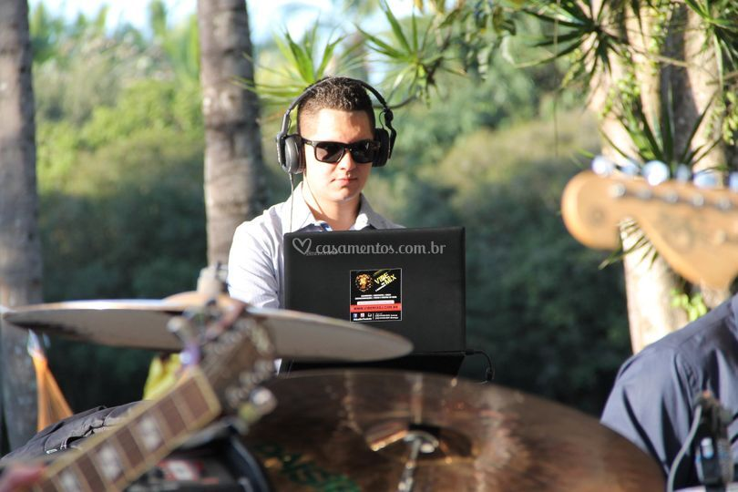 DJ Lucas Castro